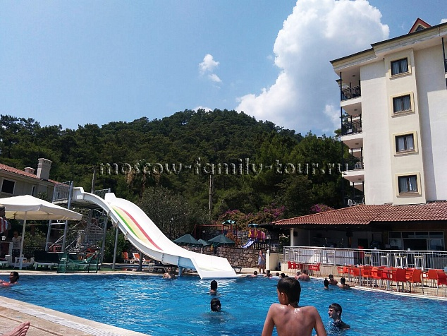Grand Panorama Family Suites 4*